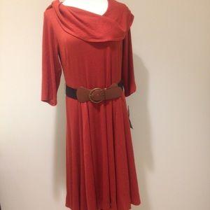 Robbie Bee Dresses & Skirts - Flattering cowl neck dress with optional belt