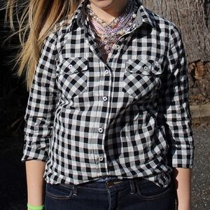 Forever 21 Tops - Black & White Checkered Button Up