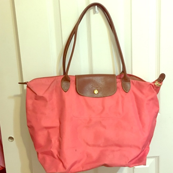 cb8bfef20f58 Longchamp Handbags - Auth Longchamp large Le Pliage pink gold tote bag