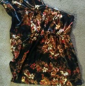 Charlotte Russe Dresses & Skirts - Charlotte  Russe One shoulder dress