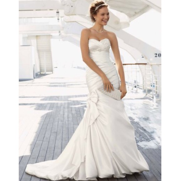 David\'s Bridal Dresses   Mermaid Wedding Dress With Bow Detail ...