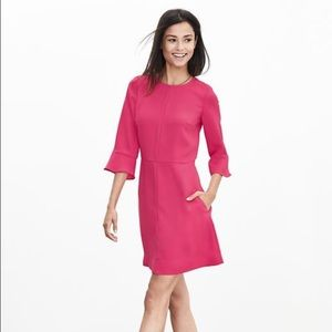 Banana republic flutter sleeved dress!!