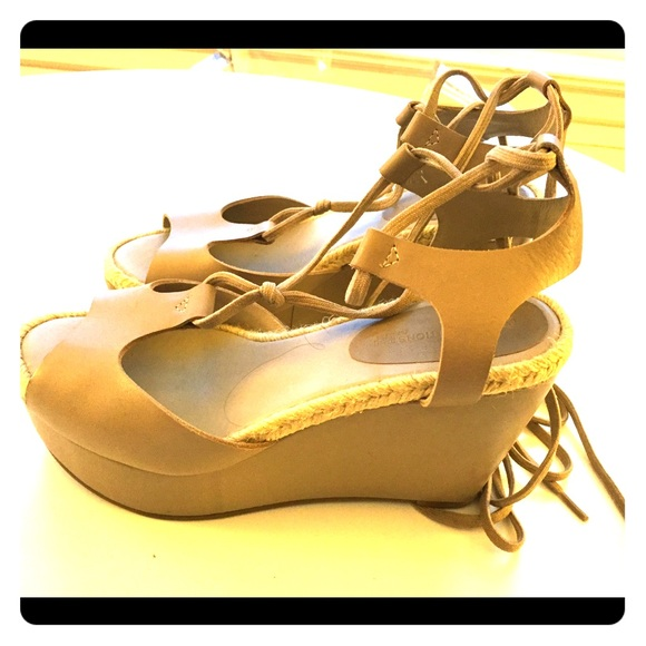 2478568cab6 Gap design editions Pierre Hardy wedge sandal 39 8