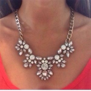 ❗️2 LEFT❗️ Crystal Clear Gold Statement Necklace