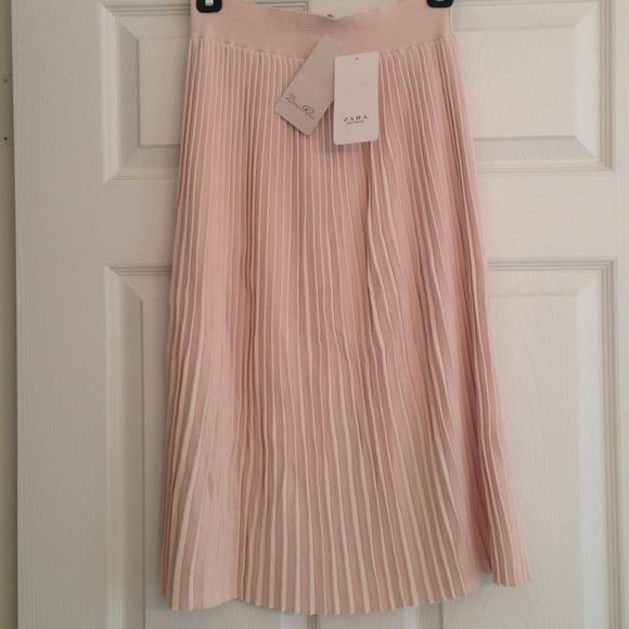 69a4ef0b31 Zara Skirts | Knit Blush Pleated Midi Skirt Nwt | Poshmark