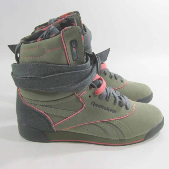 ec81296f206df4 Alicia Keys x Reebok high top sneakers. M 5693ce2f4127d0c8f90019e0. Other  Shoes ...