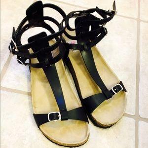 Comfy gladiator sandals