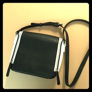 Handbags - Black & White Crossbody Purse