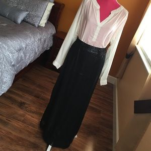 Michael Stars Dresses & Skirts - Black sequin maxi skirt w/slit