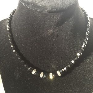 Jewelry - Vintage black and rhinestone necklace
