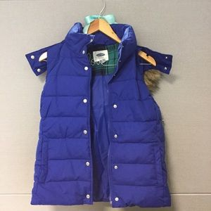 Womens Frost Free Vest With Flannel-Lined Hood