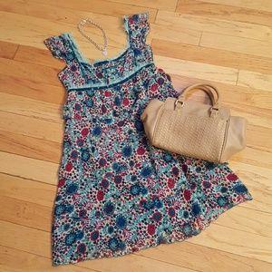 Cynthia Steffe Dresses & Skirts - Cynthia Steffe 100% Silk Floral Dress