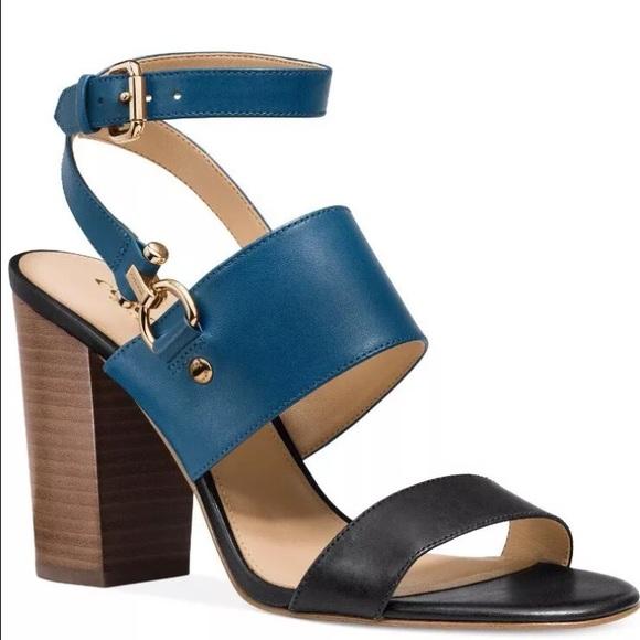 9533c668ae35 Coach Block heel sandal 👡👡