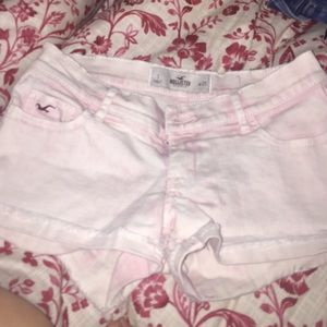 Light pink shorts.