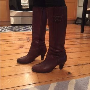 *SOLD* Frye low heel riding boots