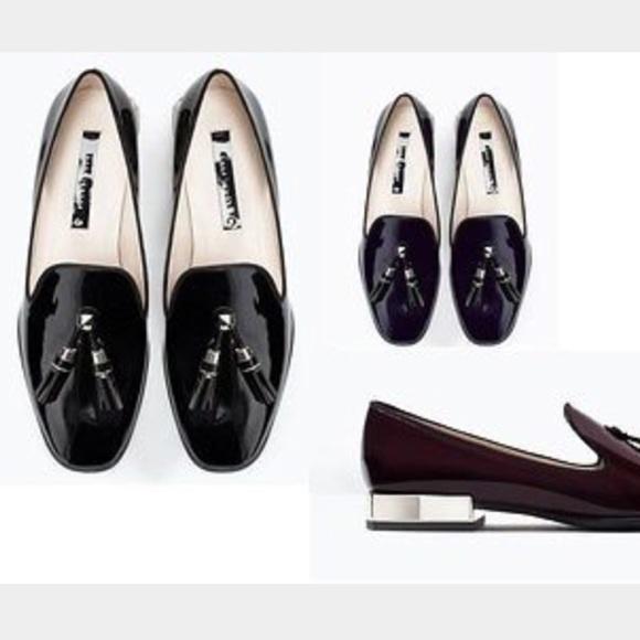 140890d8615 Zara Black Shiny tassel loafer with silver heel. M 56947d7441b4e0756d006c75