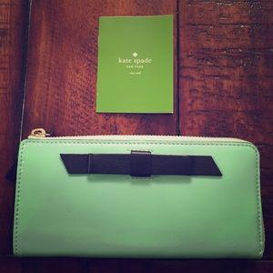 kate spade Handbags - Sale! NWT Kate Spade Bow Wallet.