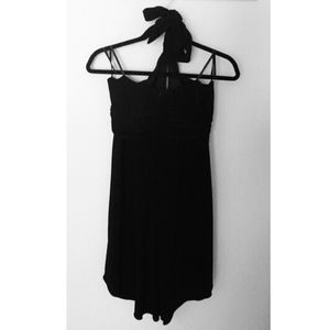 Laundry by Shelli Segal Dresses - Laundry by Shelli Segal black halter dress 8 jewel