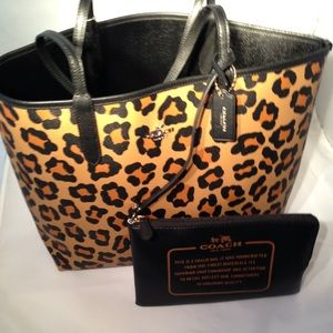Coach Handbags - NWT Coach Large Reversible Ocelot Tote/w Pouch