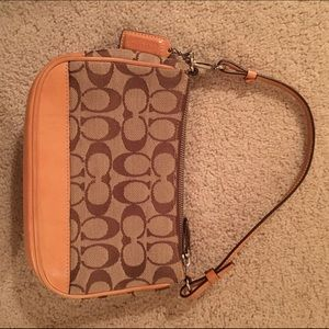 Authentic Coach beige traditional handbag