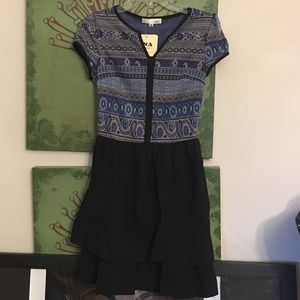 Boutique Dresses & Skirts - MOVING SALE!!!•Printed Dress•