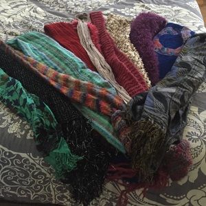 Accessories - LOT of scarves and wraps