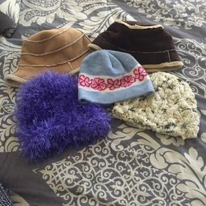 Accessories - LOT of hats