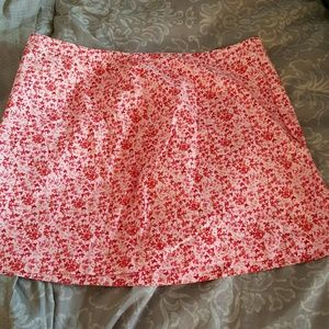 Express floral mini skirt.Invisible zipper back.13