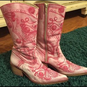 ALDO Shoes - Pink embroidered western cowgirl boots.
