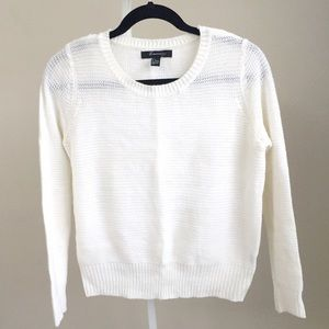 Like NEW off-white simple crewneck sweater