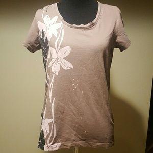 Soma Tops - FINAL! Soma floral t-shirt