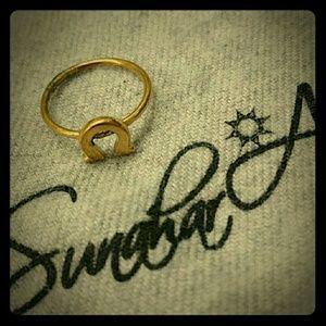 Sunahara Jewelry Jewelry - 🌻 Lucky Horseshoe / Omega midi ring
