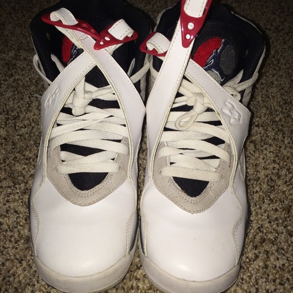 Adidas bugs bunny shoes