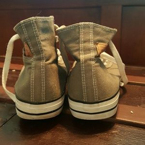 c2fddcf342fb13 Levi s Shoes - Levis take on Converse Chucks. Grey canvas. Vguc
