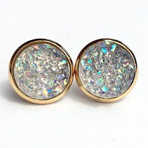 thejeweladdict Jewelry - 3 for 15🎀smokey grey Crystal Druzy style earrings