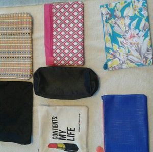 Handbags - Cosmetic bags