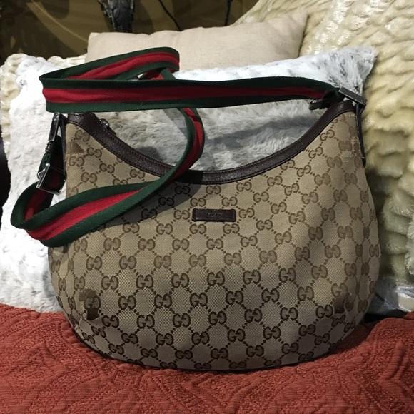 abefe8f646893b Gucci Bags | Authentic Cross Body Bag | Poshmark