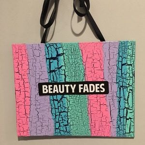 Other - New 💄💋 Original Beauty Fades Art