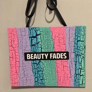 Other - New 💄💋 Original Beauty Fades Art