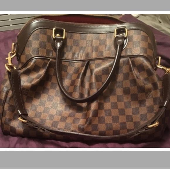 929faad4ca3d Louis Vuitton Handbags - LV Authentic