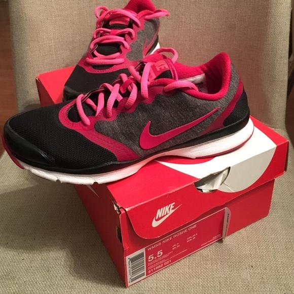 Poshmark Footbed Shoes Nike Comfort Training XxH8Z