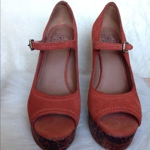 Lucky Brand Shoes - Lucky Brand Leather Pumps