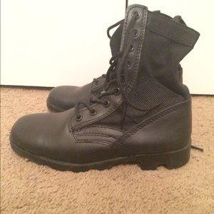 Shoes - Combat Boots!!