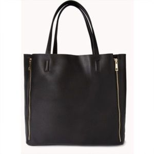 Forever 21 Black Vertical Zipper Tote