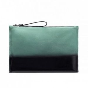 Zara Handbags - Zara clutch