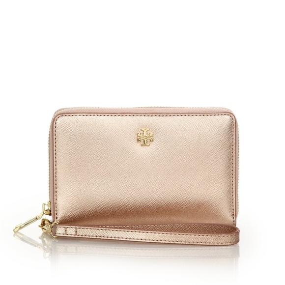 tory burch handbags 2015 tory burch rose gold wristlet wallet poshmark. Black Bedroom Furniture Sets. Home Design Ideas