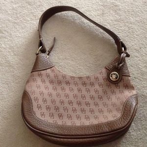 Dooney & Bourke Handbags - Small hobo bag. Brand new!! Never used!!