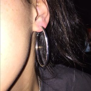 NWOB 925 Sterling Silver 💎✂️ earrings. 👀pics.