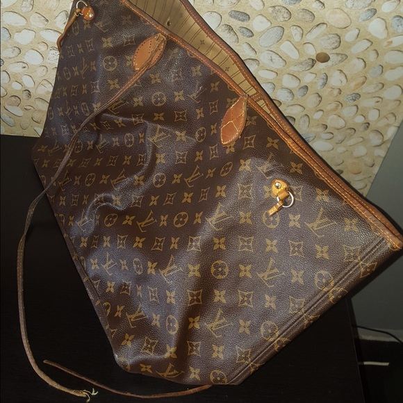 Louis Vuitton Handbags - Damaged LV Neverfull GM - Needs Repair cbdc26ace8f39