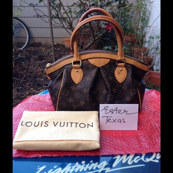 26ef9c516fcb Louis Vuitton Handbags - Authentic Louis Vuitton Tivoli pm
